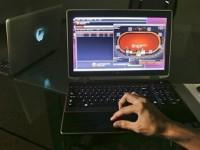 Игра в покер в Интернете