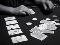 Структура в покере: структура ставки и структура турнира
