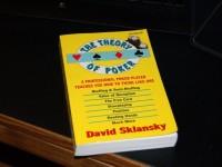 Книга Теория покера Дэвида Склански – теория игры в покер Техасский Холдем