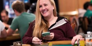 Он бросил работу, чтобы играть в покер — Истории профессионального игрока